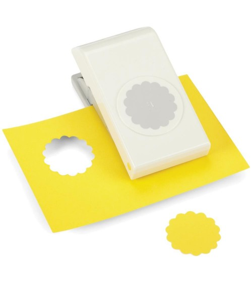 "EK Success Nesting Paper Punch SCALLOP Circle 1.5""/ 38mm"