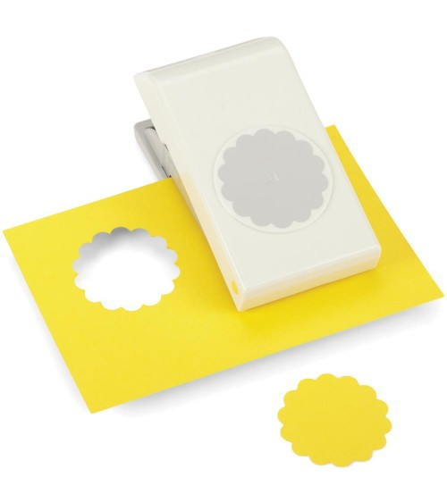 "EK Success Nesting Paper Punch SCALLOP Circle 1.75""/ 44mm"